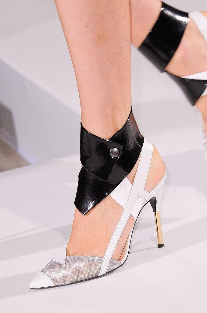 Ankle-Strap Pumps: Roland Mouret Spring 2014