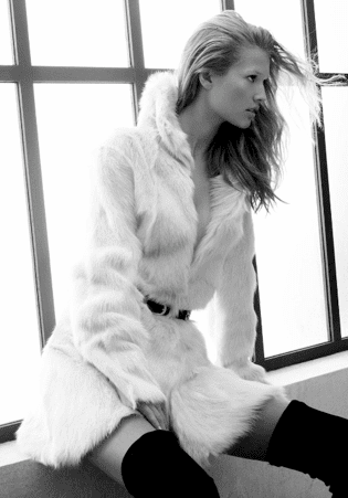 Toni Garrn Models Zara's Fall 2009 Look Book