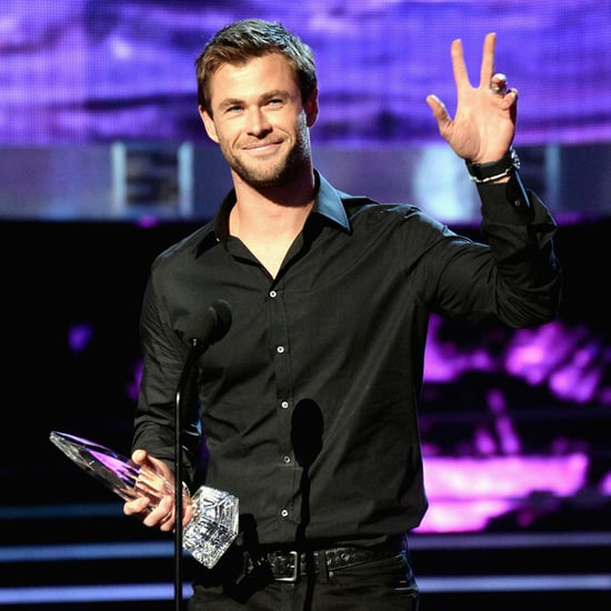 Chris Hemsworth at the People's Choice Awards 2016 Pictures