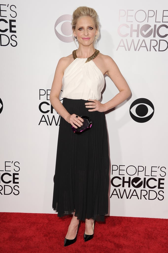 Sarah Michelle Gellar was a vision in black and white at the People's Choice Awards.