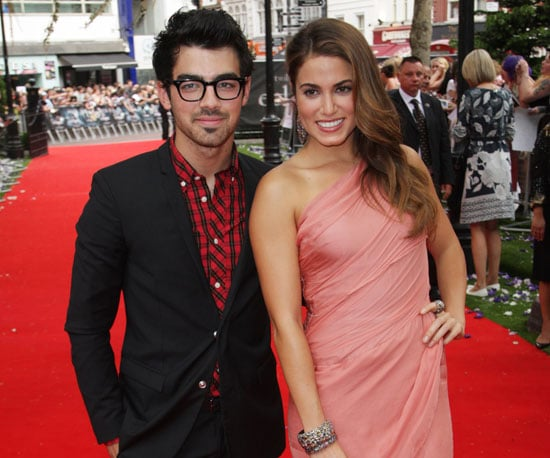 Slide Picture of Joe Jonas and Nikki Reed at London Premiere of Eclipse