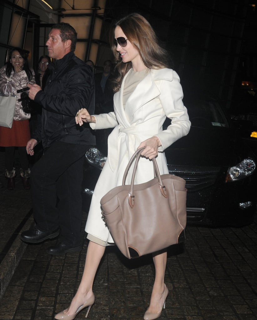 News Pics and More... - Page 4 Taupe-Leather-Tote-Perfect-Balance-Light-Coat