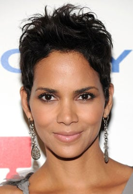 Halle Berry Wins in Fragrance Oscars!