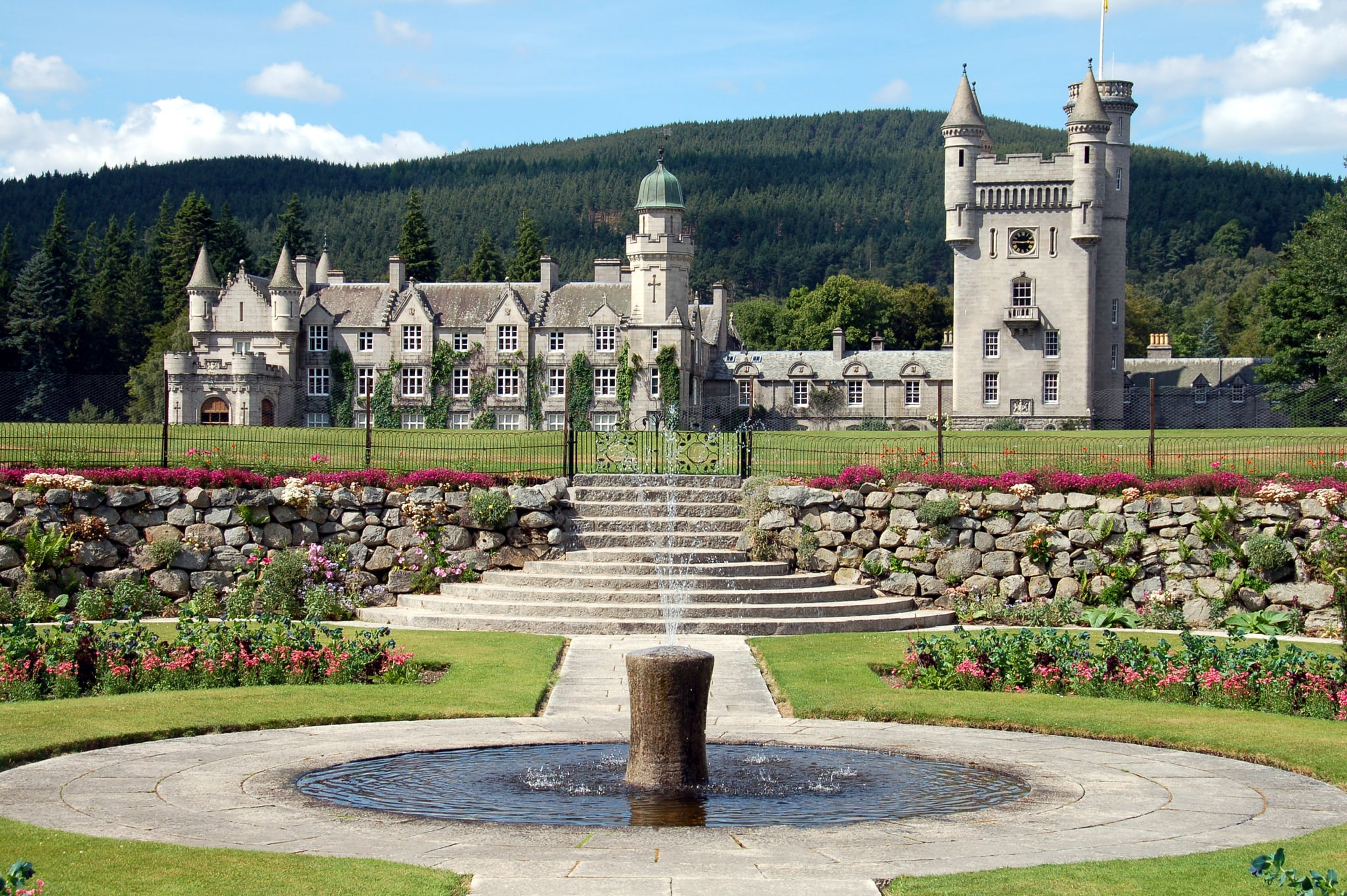 3 Balmoral Castle A Mind Blowing Tour Of Queen