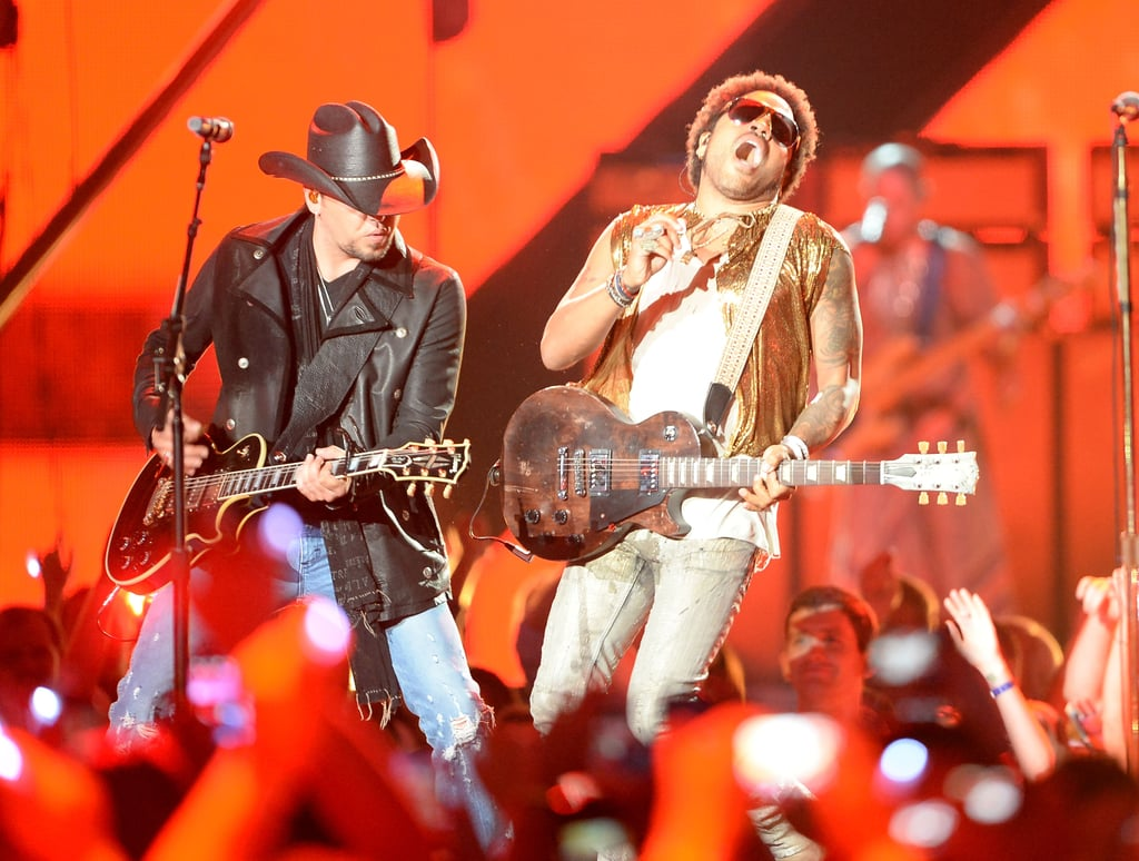 Lenny Kravitz performed on stage with Jason Aldean.