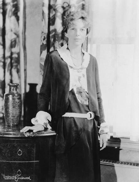 Bella Donna: Amelia Earhart