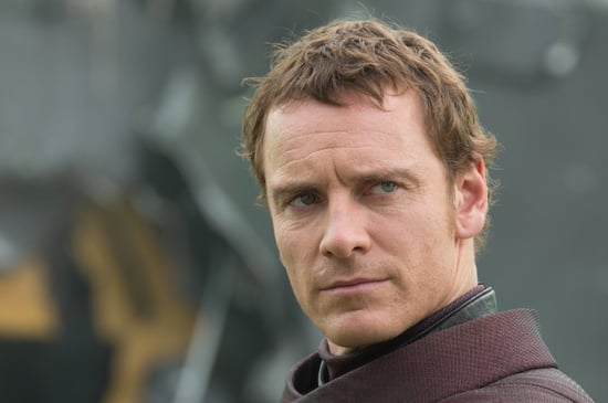 Magneto-shows-off-his-photogenic-abilities