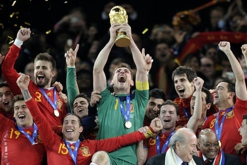 Video of Iker Casillas, Spanish Goalkeeper, Crying at World Cup Finals