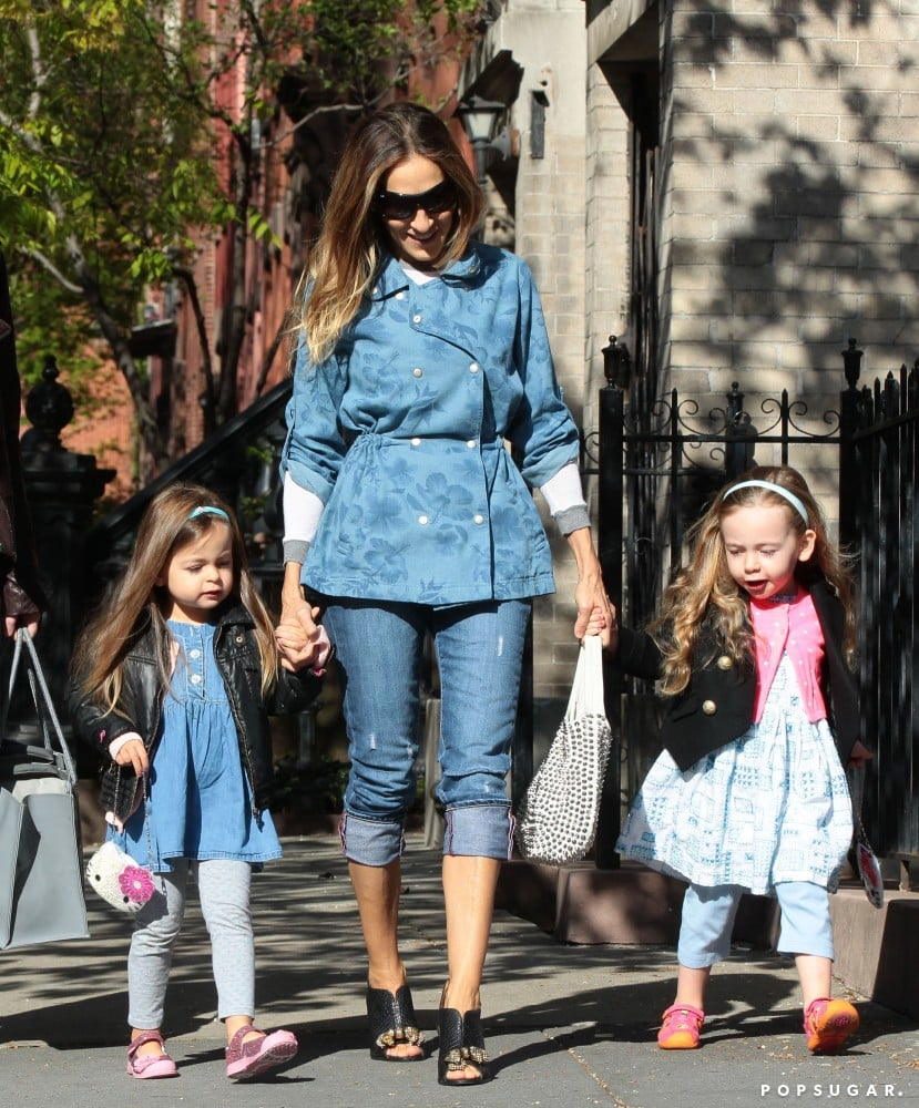 Sarah Jessica Parker held onto her twins, Tabitha and Loretta, while walking in NYC on Friday.