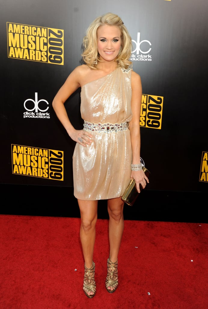 From her shorter 'do to her dazzling Theia dress, Carrie nailed the Grecian goddess vibe in 2009.