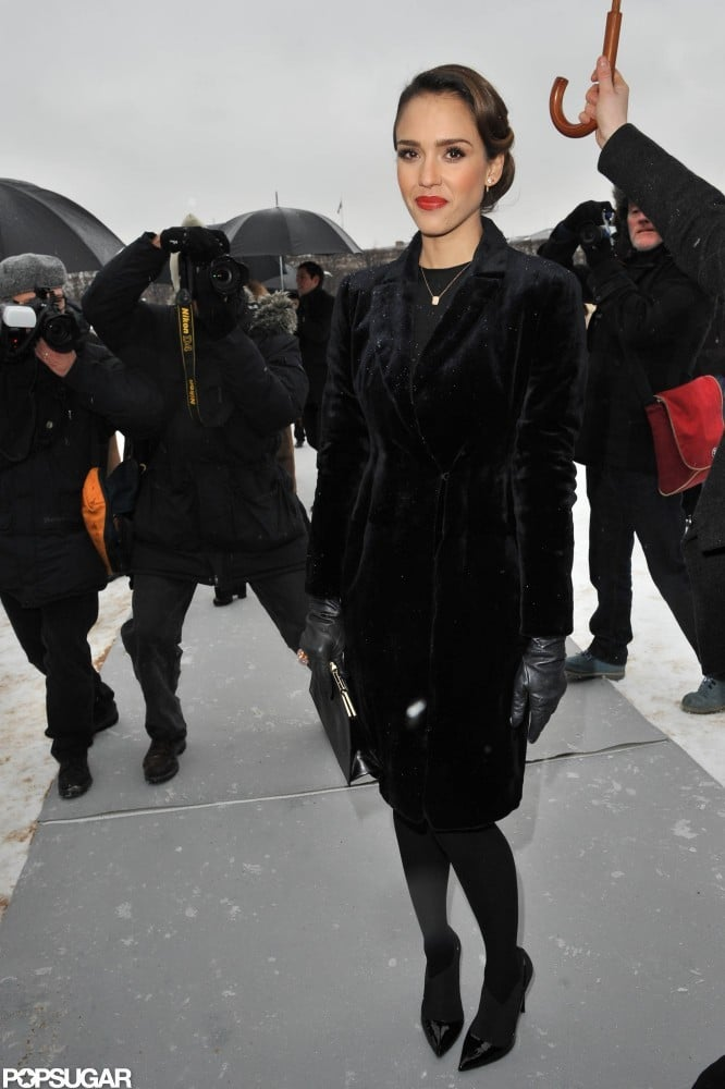 Jessica Alba arrived in all black at the Dior Haute Couture show in Paris.