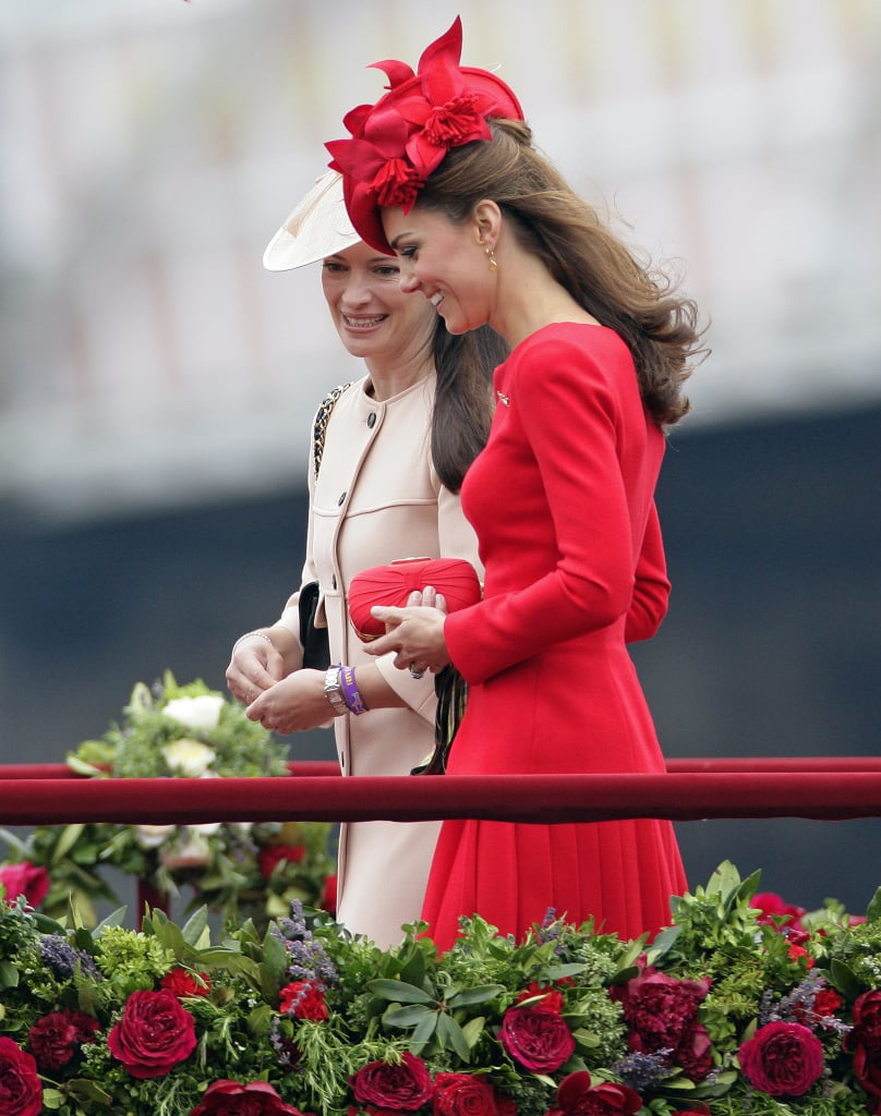 Even from afar, Kate's gorgeous red hues were eye-catching but not overwhelming.