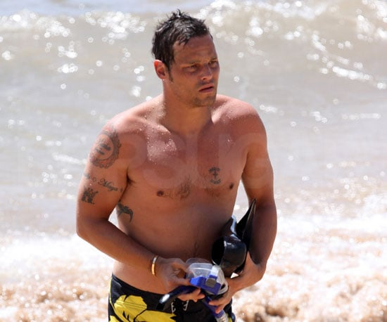 Photo Slide of Shirtless Justin Chambers in Hawaii