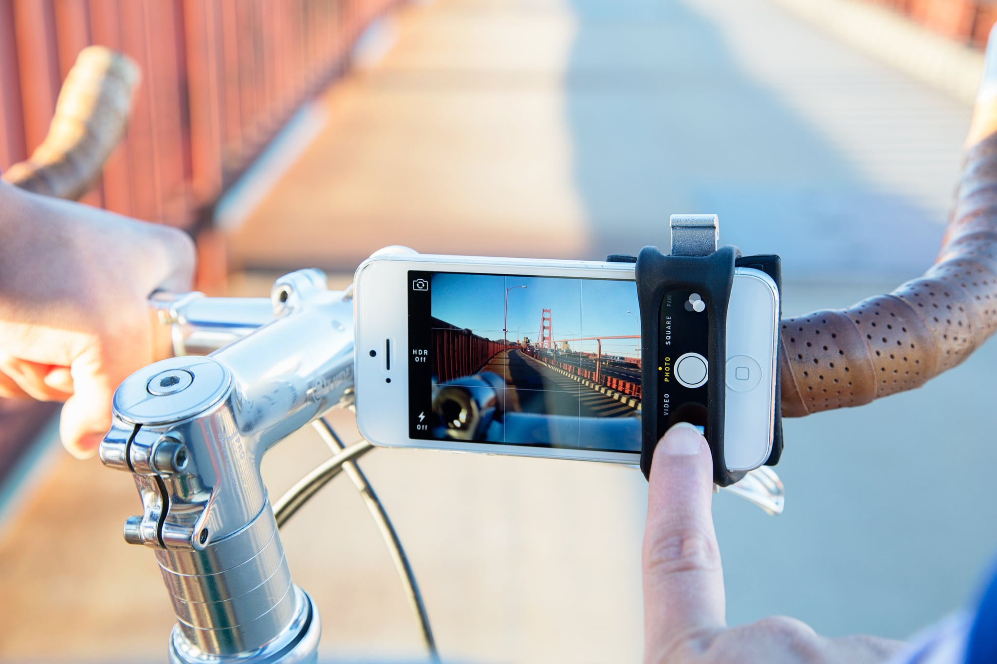 Handleband, the Phone Bike Mount