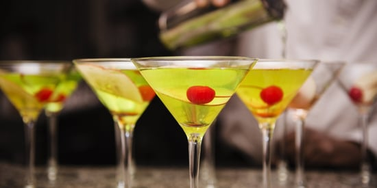 Men Prefer Flavored Cocktails But Are Too Scared To Order Them