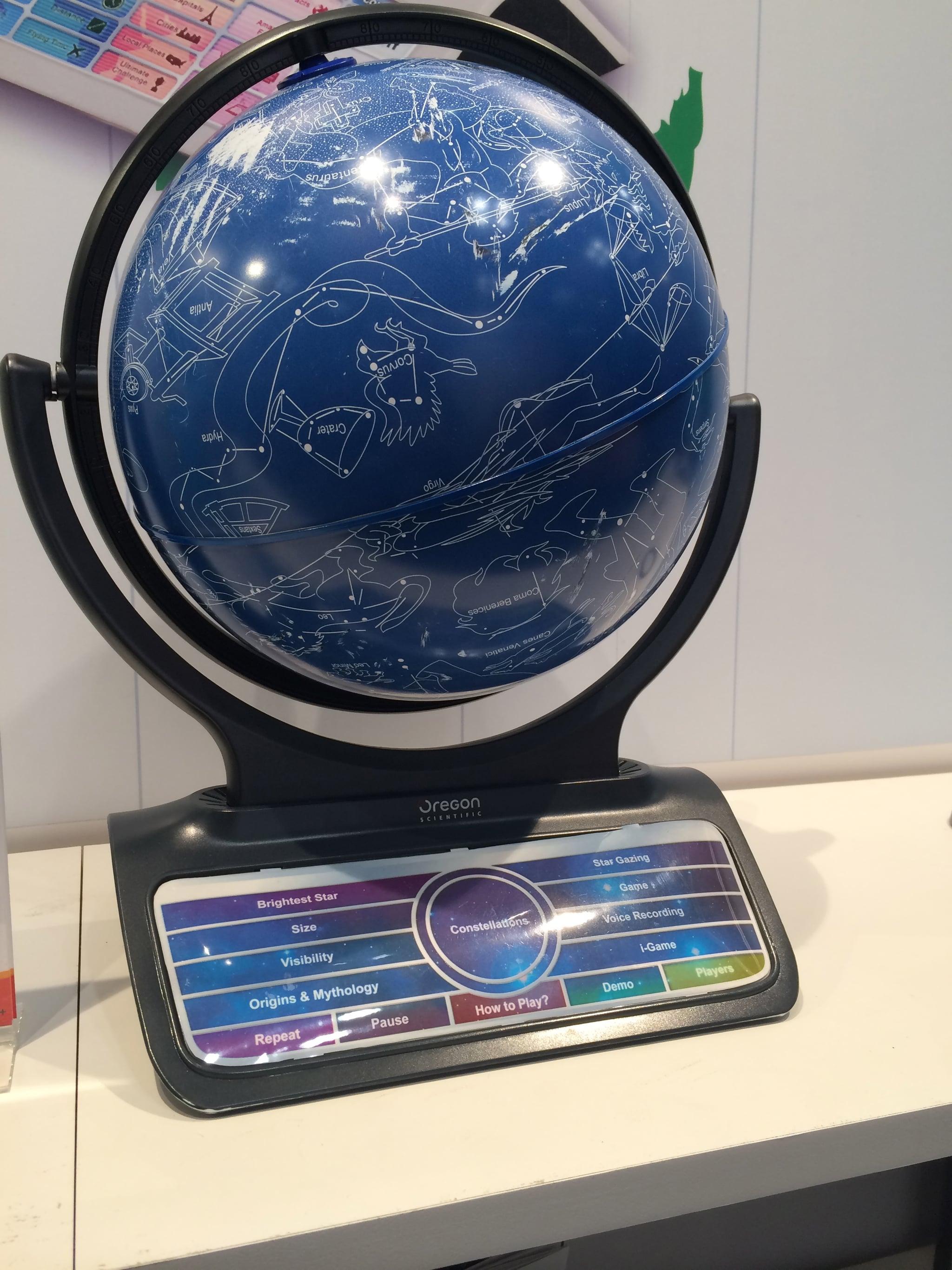 Oregon Scientific Smart Globe Infinity