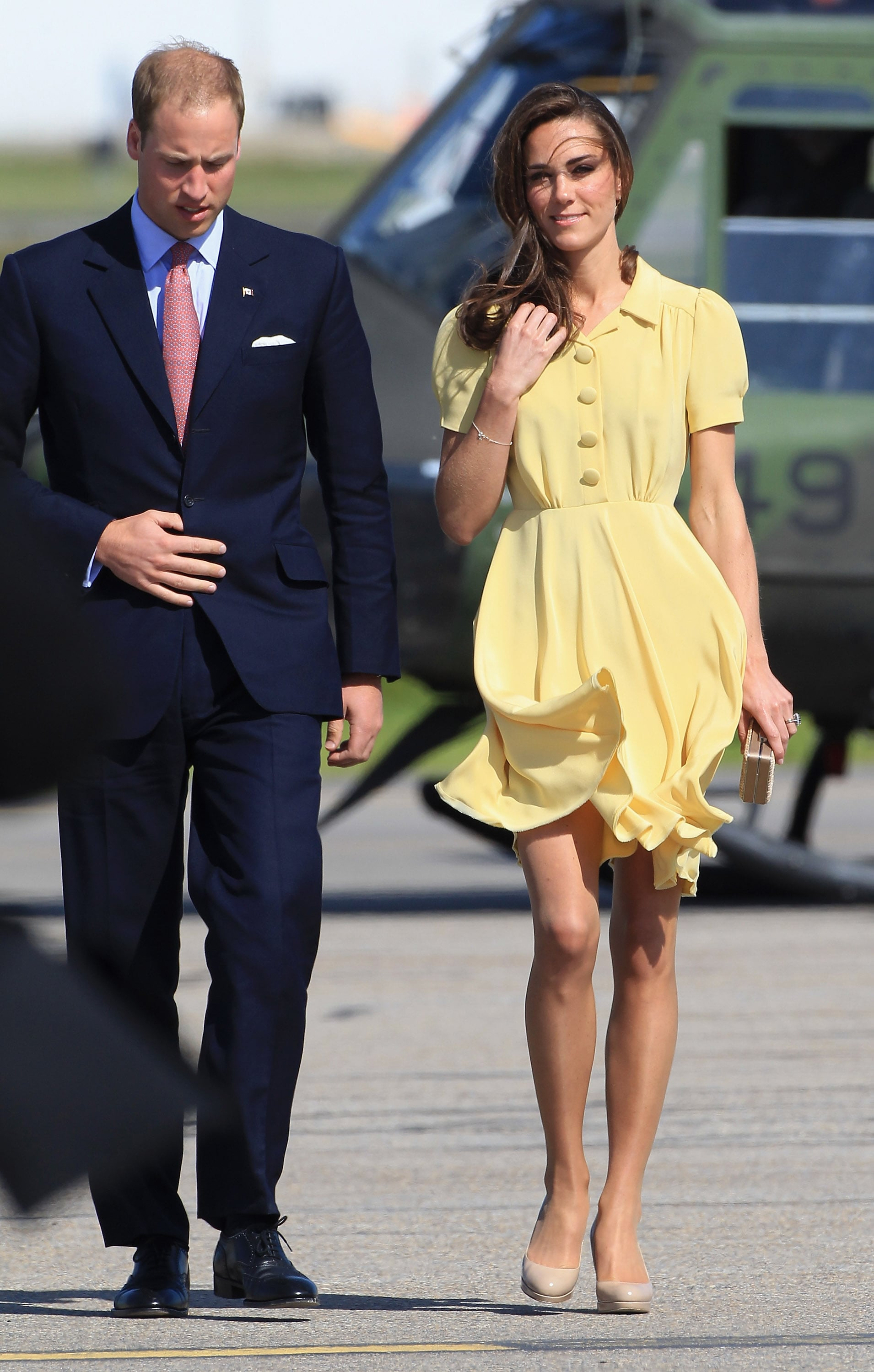 William and Kate looked pretty as a picture after landing.