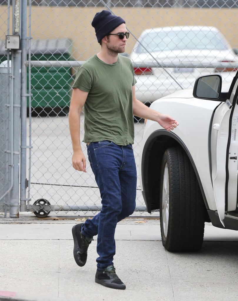 Robert Pattinson Wears His Winter Gear in the Middle of Summer