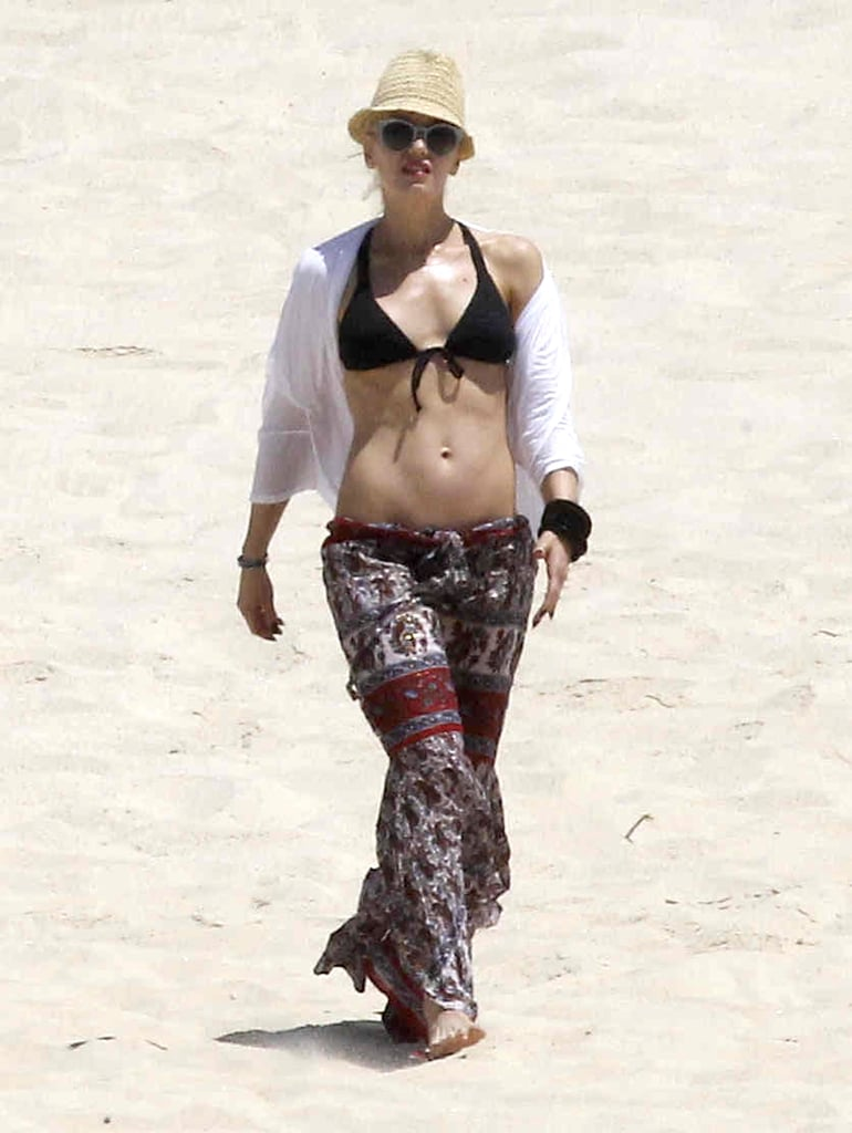 In April 2012, Gwen Stefani's six-pack abs were on display in a black bikini during a trip to Mexico.