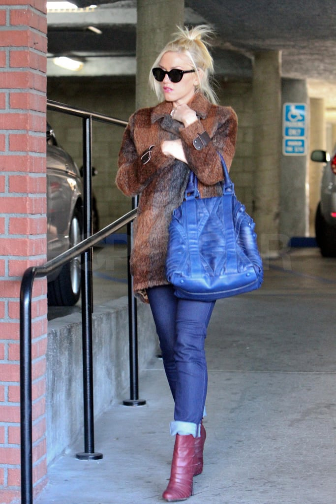Gwen stepped out solo for afternoon appointments around LA.