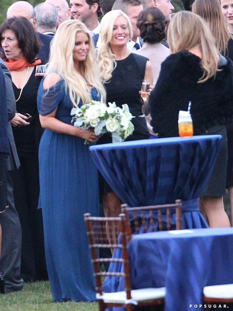 Jessica Simpson Brings Her Family Along For a Beach Wedding!