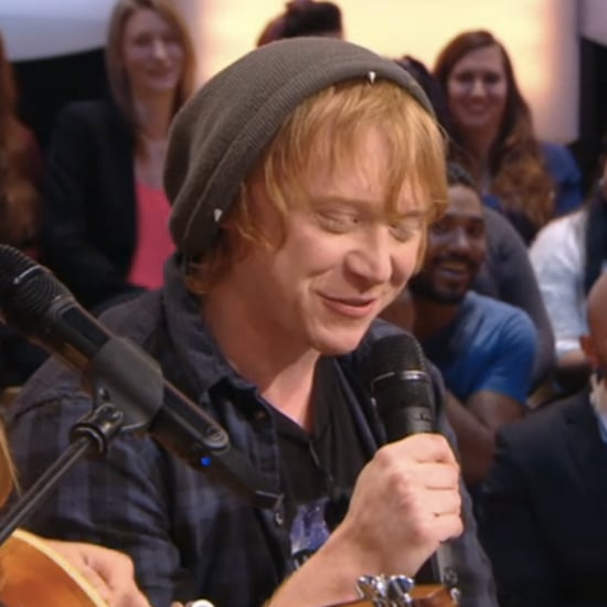 Rupert Grint Sings an Ed Sheeran Song on French TV