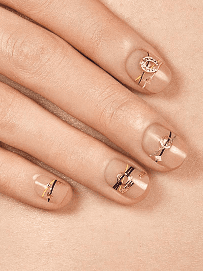 Exclusive: Bracelet Nails Are the Latest K-Beauty Trend