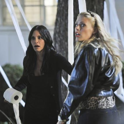 Cougar Town Season Three Premiere Pictures