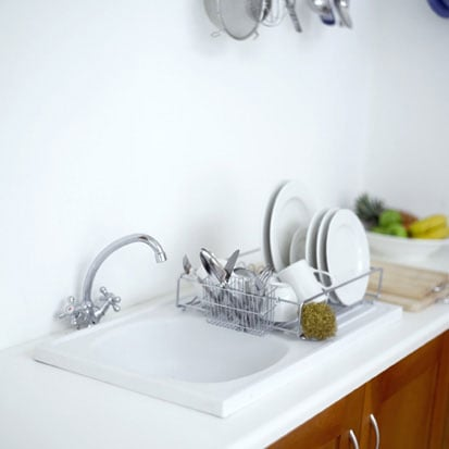Make Your Kitchen Sink Super-Shiny