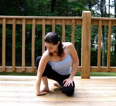 Stretch It: Kneeling One-Handed Wrist Stretch
