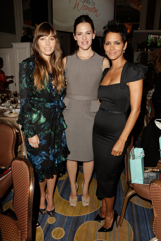 Jessica Biel Catches Up With Pal Jennifer Garner at Variety's Bash