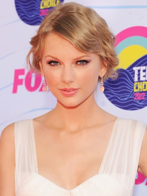 Taylor Swift | POPSUGAR Celebrity  Taylor Swift