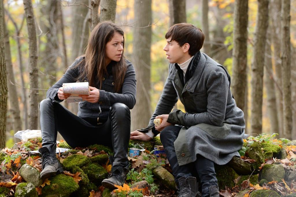 Tatiana Maslany as Sarah and Jordan Gavaris as Felix.  Source: BBC