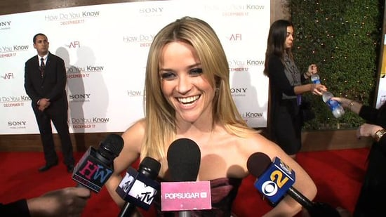Video of Reese Witherspoon Talking About Robert Pattinson at the How Do You Know Premiere in LA 2010-12-14 10:25:55