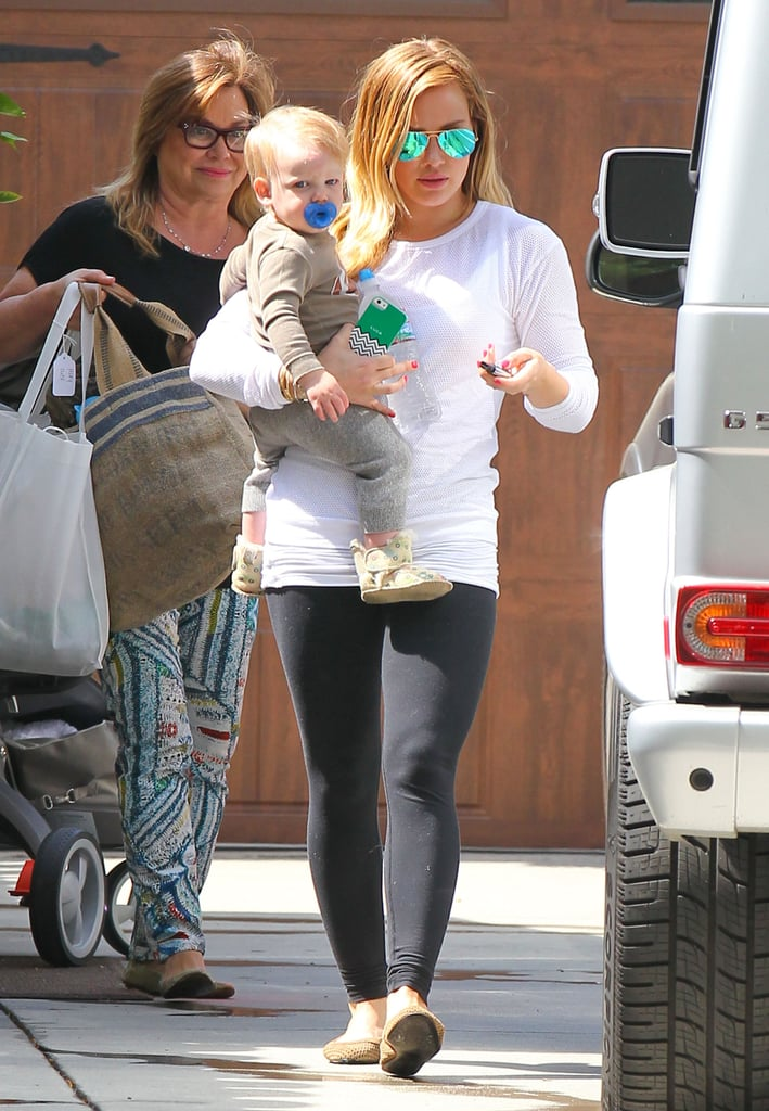 Hilary Duff carried Luca to the car.