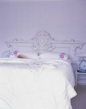 Ask Casa: Advice For Cleaning Light Bedding
