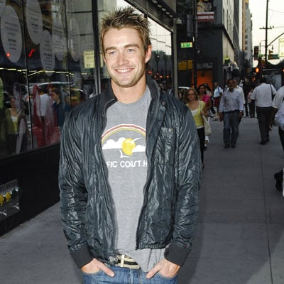 Robert Buckley Looks Hot at The House Bunny Premiere