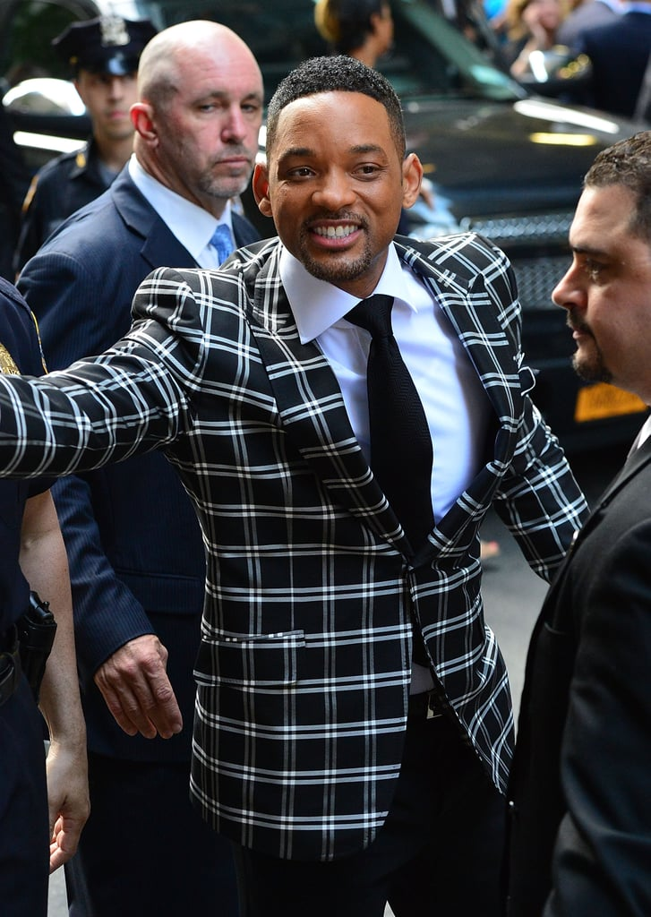 Will Smith greeted fans before the Men in Black III premiere in NYC.