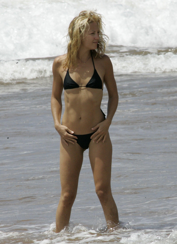 Kate wore a basic black bikini in Hawaii back in September 2006.