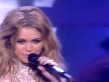 Watch MTV EMA 2010 Performances From Miley Cyrus, Kings of Leon, Linkin Park, Plan B. Who's Your Favourite?