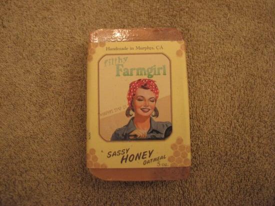 User Review: MotoLinz on Filthy Farmgirl Sassy Oatmeal Honey Soap