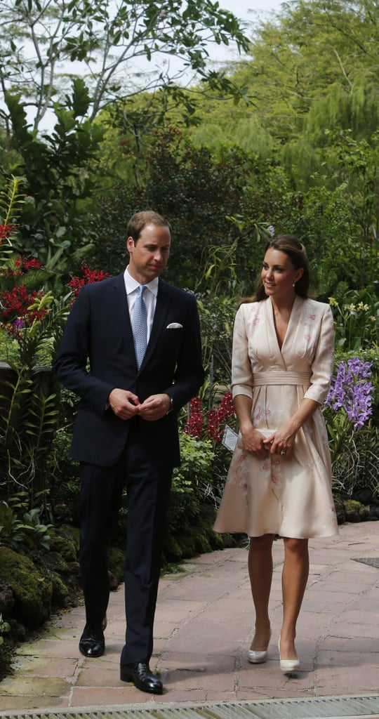 Kate Middleton and Prince William arrived in Singapore.