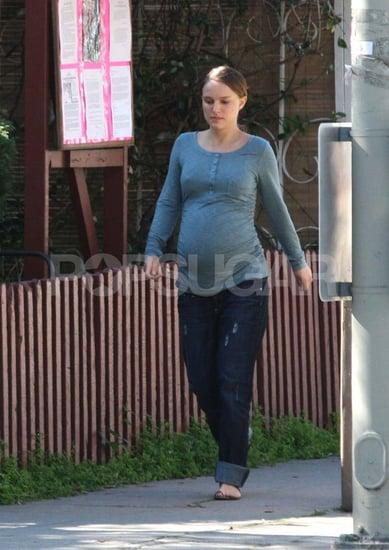 Pictures of Natalie Portman's Huge Pregnant Stomach in LA