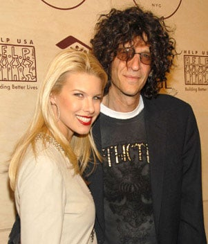 Sugar Bits - Howard Stern Engaged!