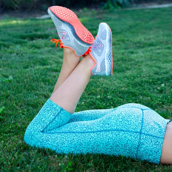 How to Do a Curtsy Lunge