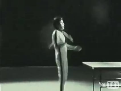 Bruce Lee Spliced Into New Nokia Commercial