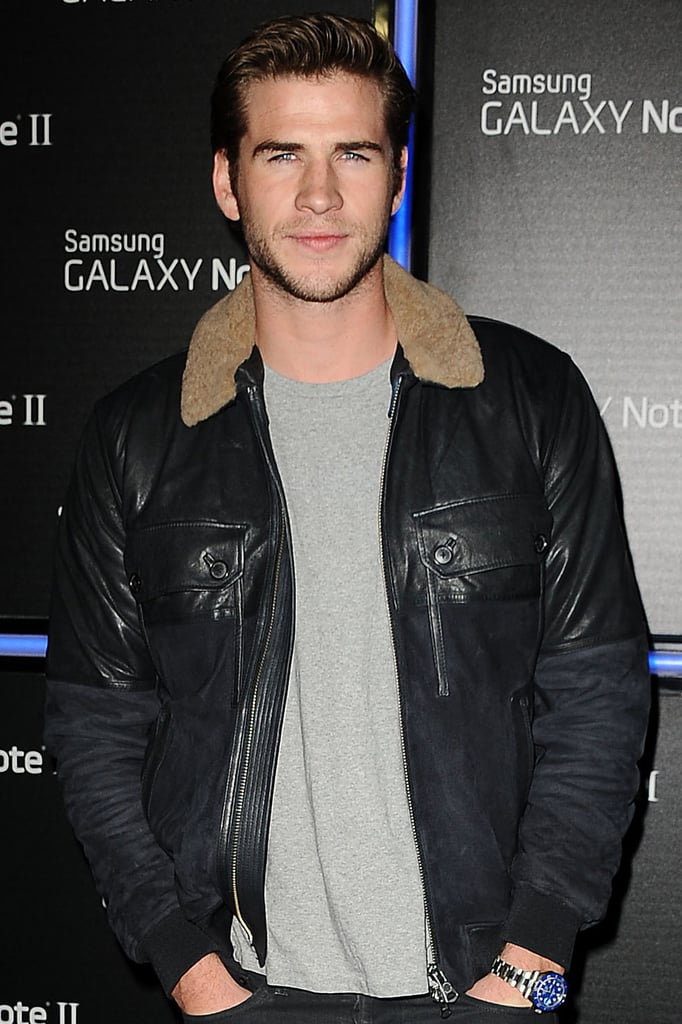 Liam Hemsworth may join The Raven, a conspiracy thriller set in the near future.