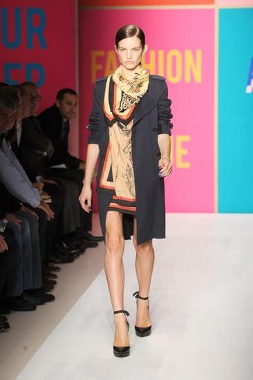 Spring 2011 New York Fashion Week: DKNY 2010-09-12 13:47:11