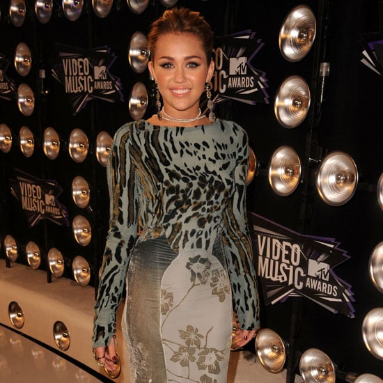 Miley Cyrus 2011 VMA Red Carpet Pictures 2011-08-28 18:58:17