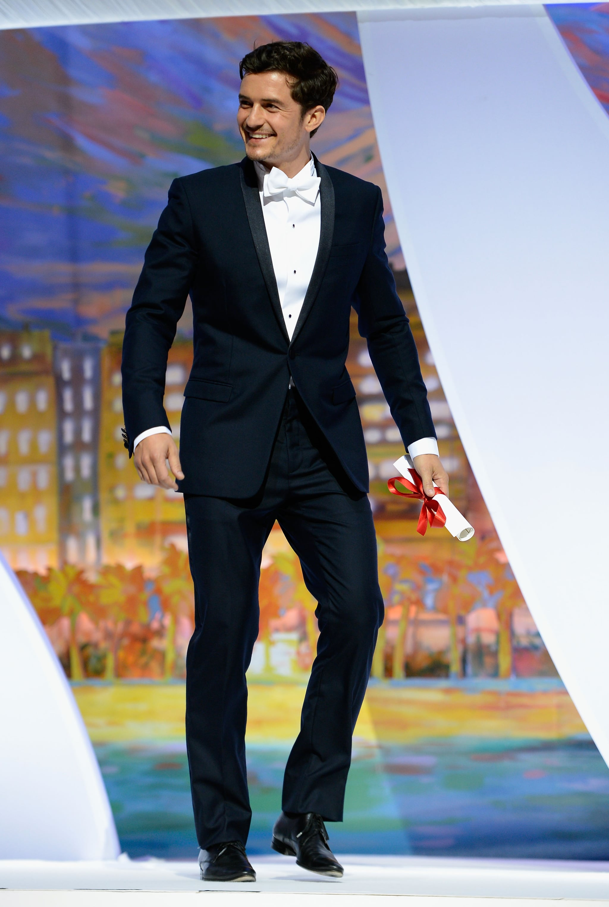 Orlando Bloom presented an award during the Cannes closing ceremony on Sunday.